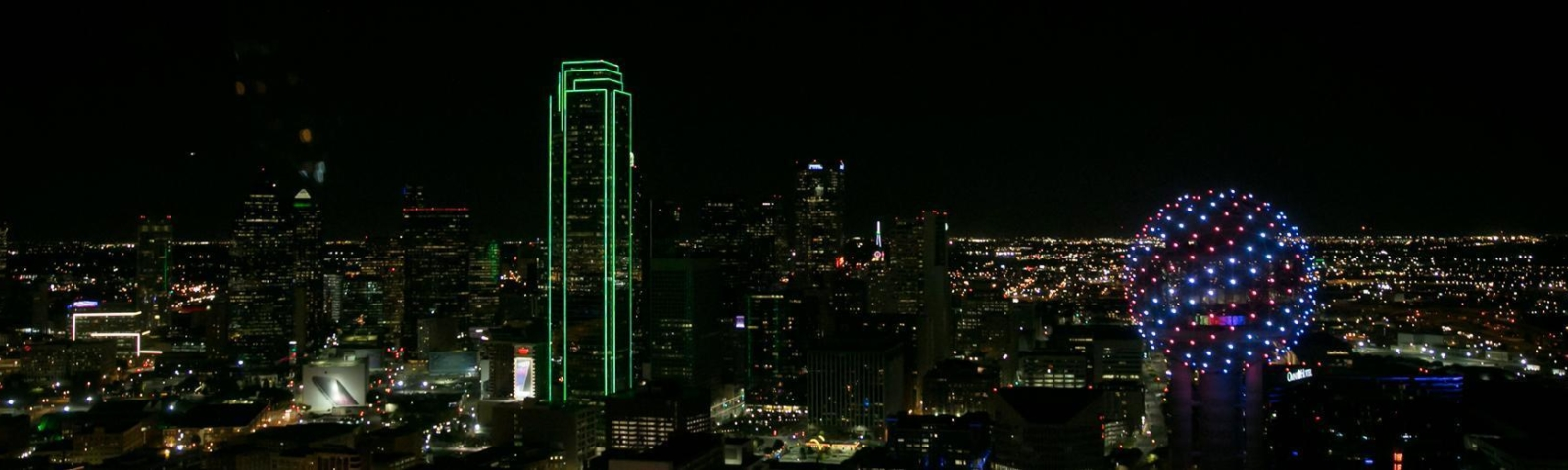 Downtown Dallas Helicopter Tour